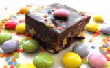 Carrés de chocolat et de smarties