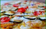 Une pizza 2 courgettes, fromage de brebis