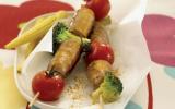 Brochettes de chipolata aux légumes