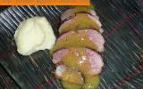 Magret de canard au four et sa sauce aux fruits exotiques