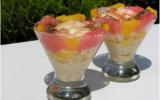 Verrine de crabe et de crevettes au pamplemousse, à l'orange et à l'ananas