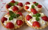 Trifle de fraises à la rose et chocolat blanc