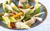 Salade de poulet et crumble au pain d'épices