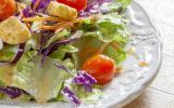 5 trucs qui croquent à rajouter dans une simple salade verte