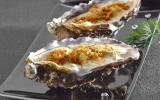 Huitres à la crème d'asperge et safran, gratinées au roquefort