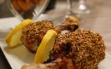 Pilons de poulet grillés au sésame, mariné à la sauce tomate-gingembre-poire & quartiers de patates douces rôtis au four