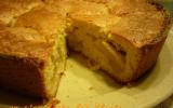 Gâteau généreux aux pommes et cannelle