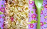 Tarte à la rhubarbe à la pâte sucrée croustillante