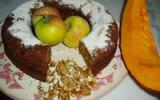 Gâteau au potimarron, noix et pommes