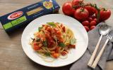 Spaghetti bio aux tomates fraîches et amandes