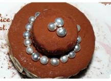 Délice à la crème de rose et pétales de chocolat