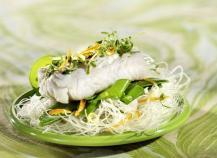 Cœurs de filets de merlu blanc marinés aux agrumes et thym citronné