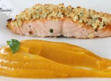 Crumble de cantal au saumon et sa purée au cantal