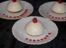 Dôme chocolat blanc au coeur de framboise