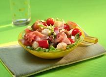 Salade de mozzarella, tomates et pommes fruits