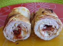 Roulés de dinde farcis au bacon, mozzarella et tomates séchées