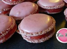 Macarons fraise Tagada traditionnels