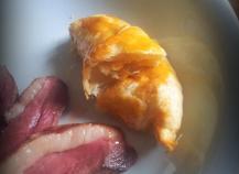 Croissant poire-Roquefort