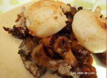 Saint-Jacques sur lit de girolles et sa petite sauce au foie gras