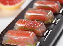 Gelée de pamplemousse rose, estragon et poivre de Sichuan