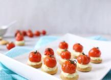 Petits sablés à la ricotta, Moutarde et tomates cerises rôties