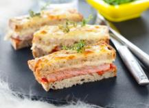 """Croque-monsieur d""""agneau et sa purée de tomates"""