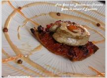Foie Gras sur Boukète d'Airelles et de Tomates à la Gelée de Piment d'Espelette