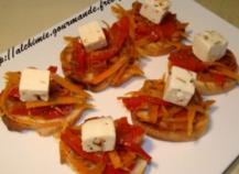 Toasts poivron rouge, carottes et feta