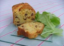 Cake aux oignons et pignons