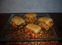 Baklawa de poulet aux petits légumes