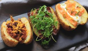 3 idées originales pour des pommes de terre au four qui changent