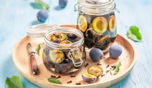 Congelées, séchées, en bocal : comment conserver les prunes ?