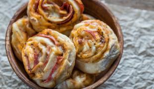 10 choses que l'on ne pense pas toujours à préparer avec du jambon cru