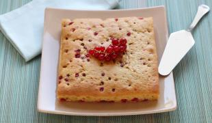 Ces 5 gâteaux que l'on aime préparer avec les fruits d'été