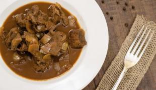Quatre plats mijotés chipés à la cuisine du monde