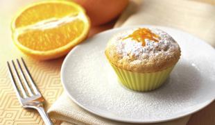5 muffins avec des fruits de saison