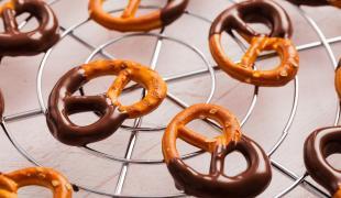5 trucs qu'on n'a jamais pensé à tremper dans le chocolat