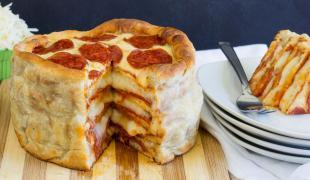 Recette décadente du jour : le gâteau pizza