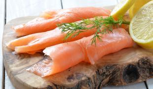 De Norvège, d'Irlande, bio ou sauvage du Pacifique : comment choisir le saumon fumé ?