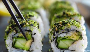 10 idées d'ingrédients à glisser dans ses sushis végétariens