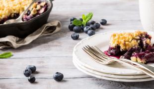 Les astuces pour recycler vos fruits d'été trop murs dans des desserts
