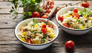 Les recettes de salade de riz pour se régaler cet été