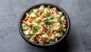 5 salades repas à préparer sur une base de quinoa