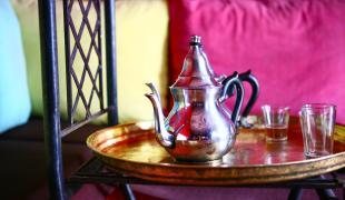 Thé à la menthe, comment le faire pour accueillir ses amis ?