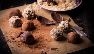 Nos conseils pour alléger les traditionnelles truffes au chocolat