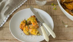 5 jolies recettes à concocter avec des fleurs de courgettes