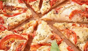 8  tartes mêlant tomates et chèvre à tester