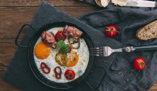 5 petits déjeuners que l'on aime manger le soir