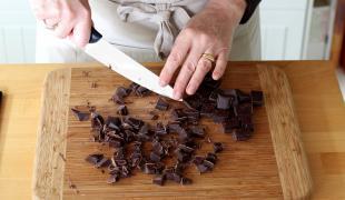 Pépites de chocolat : comment et pourquoi les faire vous-même ?
