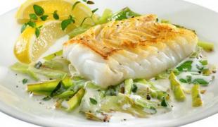 12 recettes à adopter pour manger plus de poisson et de légumes